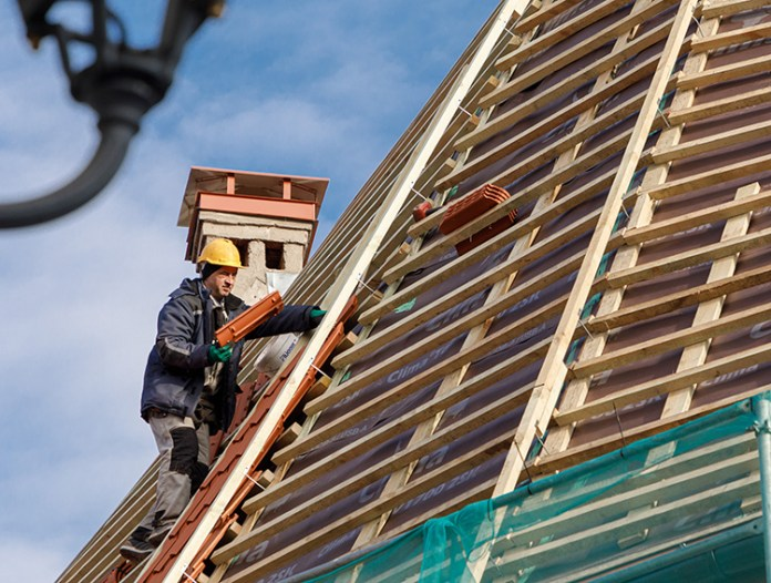 Paradoksy rynku pracy: więcej bezrobotnych, ale też większe zapotrzebowanie na siłę roboczą