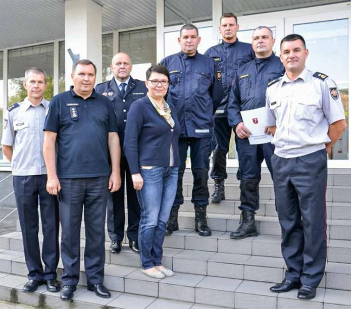 Na radzie podziękowania dla strażaków, którzy ratowali życie, i życzenia dla najlepszych rolników