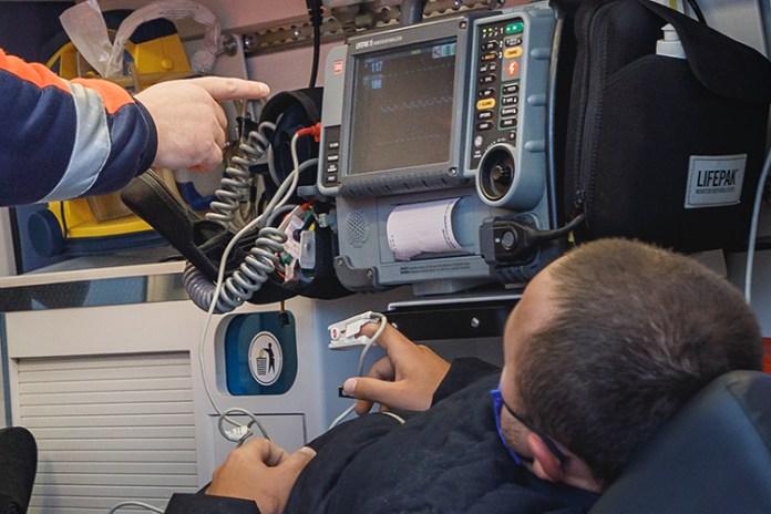 Nowe technologie w walce z COVID-19: pulsoksymetr i aplikacja KoronaStopLT