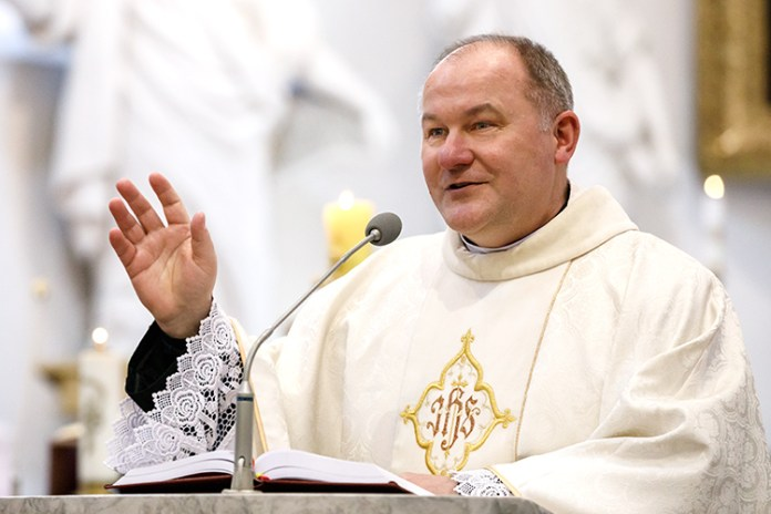 Ks. prałat Wojciech Górlicki: By ludzie wiedzieli, jak Bóg ich kocha