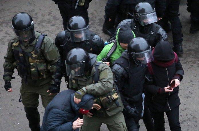 Już 653 Białorusinów otrzymało pozwolenie na wjazd na Litwę