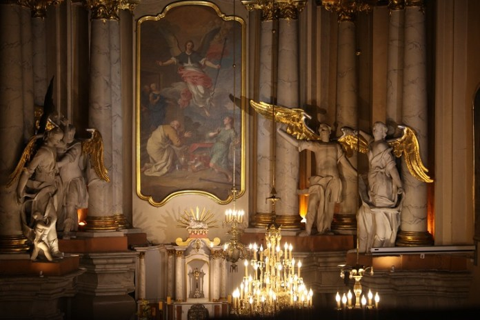 Transmisja bożonarodzeniowej mszy św. w TVP Wilno i TVP Polonia