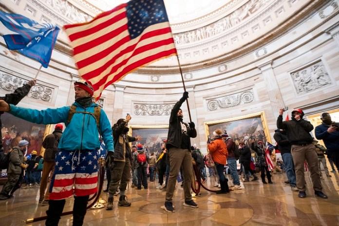 Chaos w Waszyngtonie. Nie żyją 4 osoby, ponad 50 aresztowanych