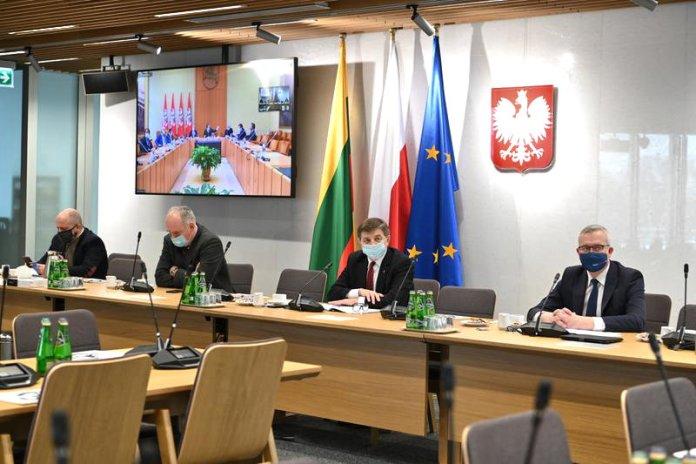 Posłowie polscy w Komisji Spraw Zagranicznych biorą udział w polsko-litewskim spotkaniu.