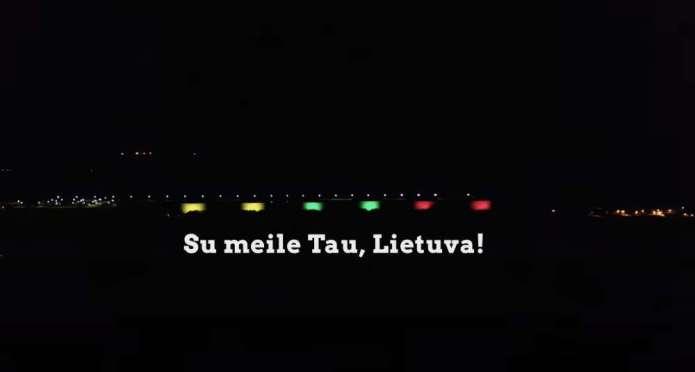 700 metrów świateł. Terminal w Butyndze zajaśniał barwami Litwy z okazji 11 marca