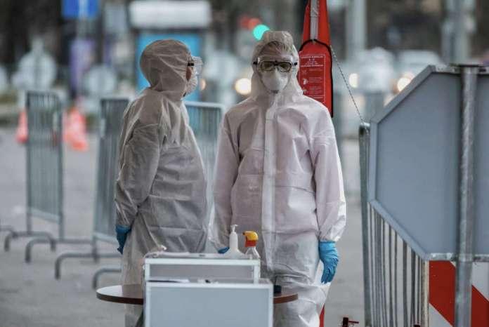 COVID na Litwie: 51 chorych pod respiratorem, 869 nowych przypadków