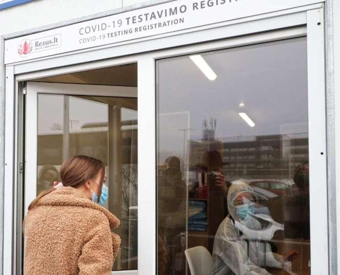Na Litwie 323 brytyjskich przypadków koronawirusa i dwa południowoafrykańskie