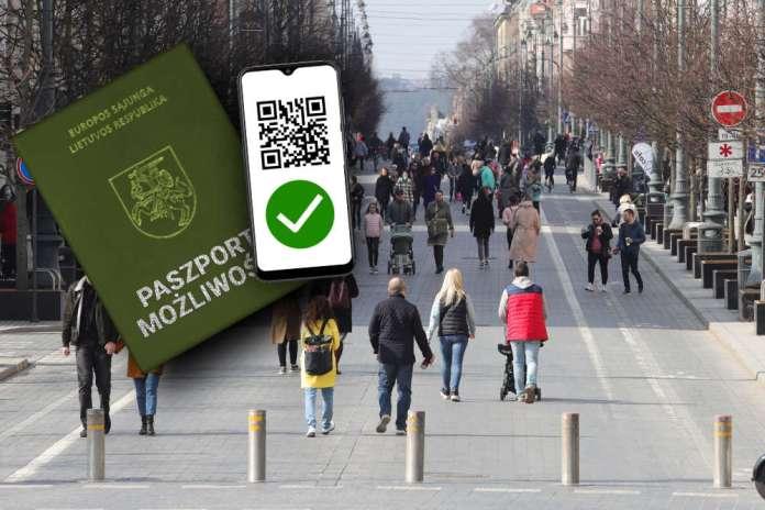 """""""Paszport możliwości"""" zatwierdzony. Osoby z odpornością bądź niezarażone będą miały łagodniejsze warunki"""