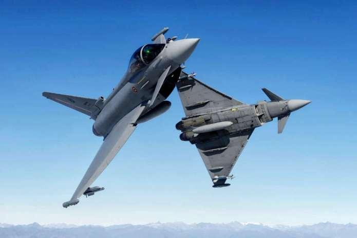 Myśliwce NATO trzy razy eskortowały rosyjskie odrzutowce