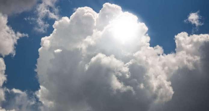 """Chmury zabrały wilnianom zaćmienie słońca. """"Zmarnowałam czas"""""""
