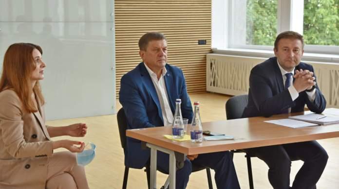 """Palewicz przeciwny ośrodkowi dla uchodźców w Dziewieniszkach. """"Samorządu nie poinformowano"""""""