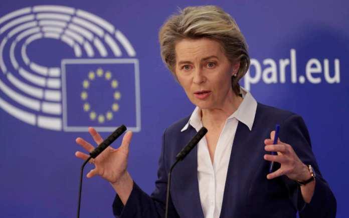 Litewscy europosłowie piszą do KE ws. bezpieczeństwa chińskich telefonów