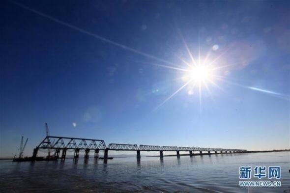 Китай «дважды» закончил строительство своей части моста через Амур