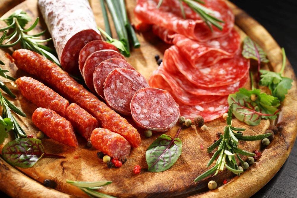 Минздрав намерен ввести «акциз на колбасу». Производители мяса против. А в ЕАО?