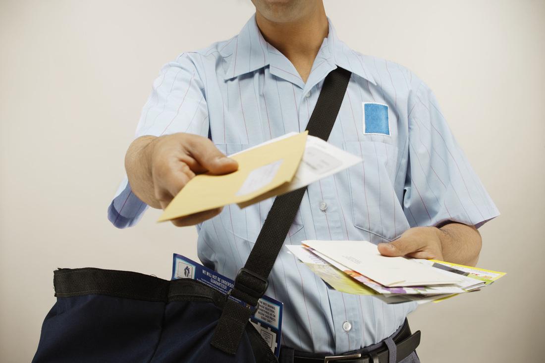 Безопасность инвалида-разносчика пенсий поставила под сомнение биробиджанка