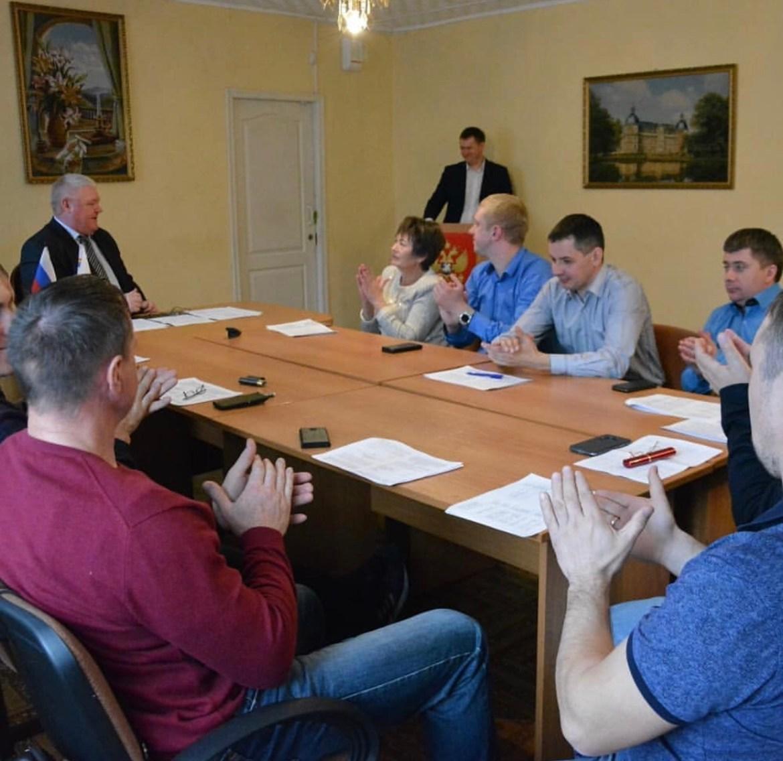 Депутаты приняли отставку  Александра Головатого… в Облучье