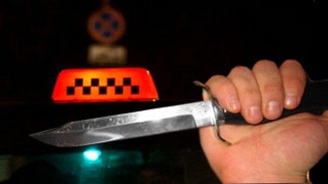 Пистолетами, ножами, пиками и удавками угрожают пассажиры биробиджанским таксистам