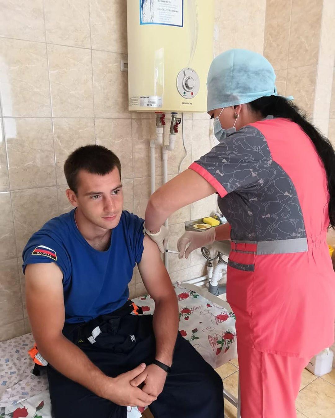 В Ленинском районе ЕАО спасателей и местных жителей прививают от гепатита и дизентерии