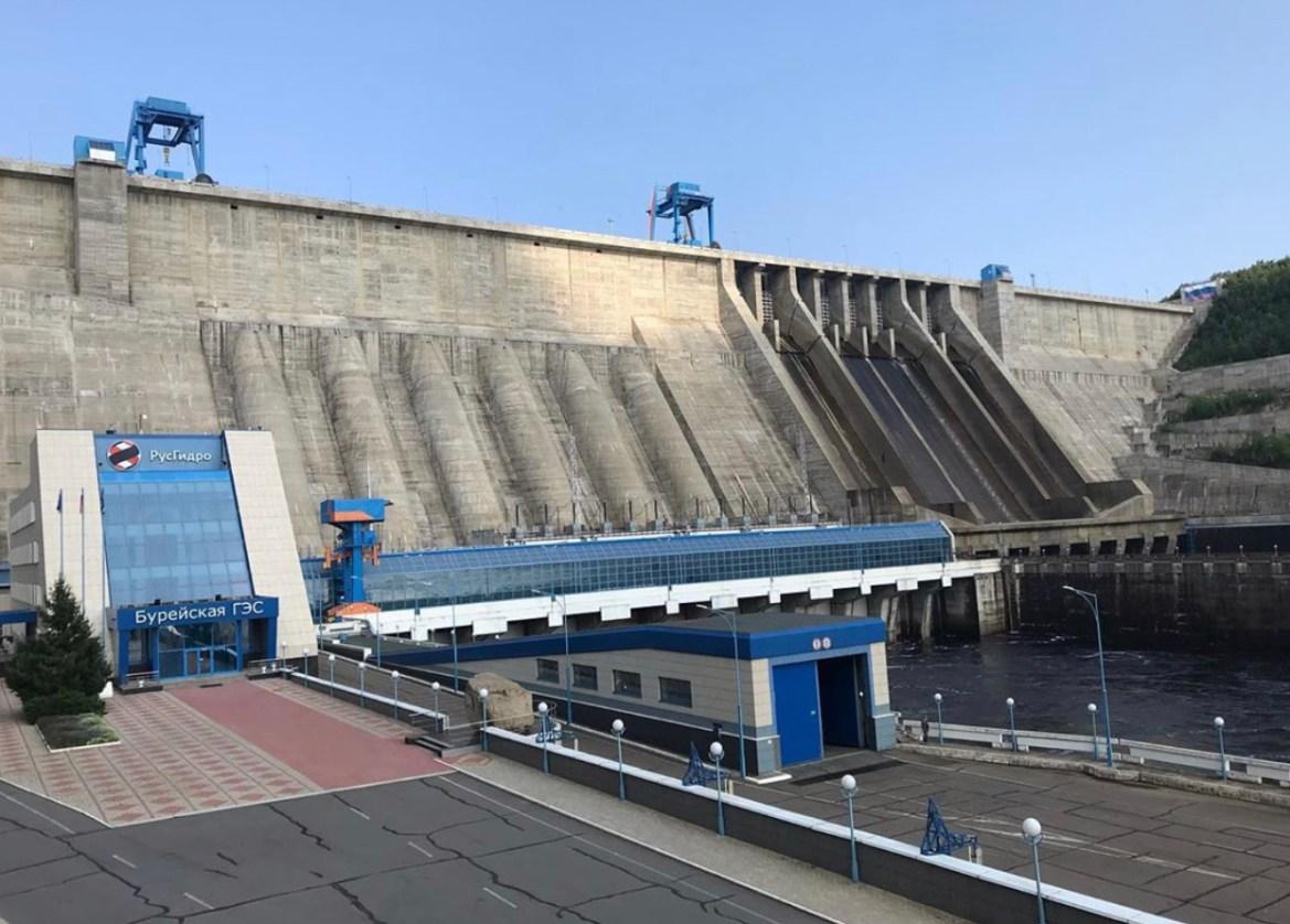 Бурейская ГЭС прекратила холостой сброс воды