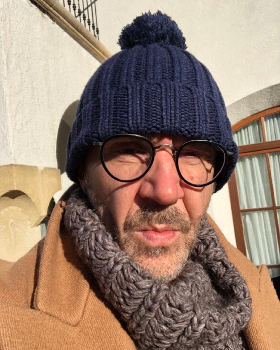 В СМИ сообщили о том, что певец Сергей Шнуров может возглавить «оппозиционный» партийный проект по заказу Кремля