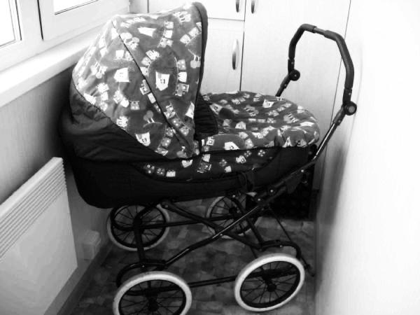 Многодетная мать из Николаевска-на-Амуре, чей семимесячный малыш замерз на балконе, находится под следствием