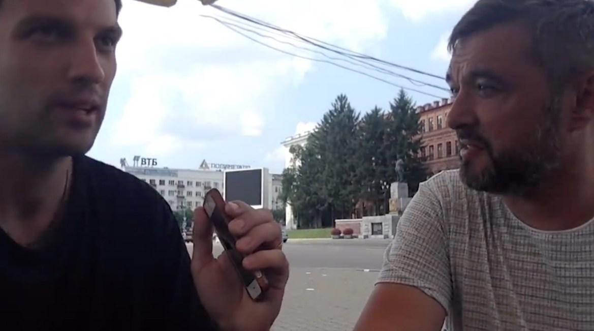 В интервью радиостанции «Эхо Москвы» Максим Кукушкин не смог назвать ТОП-3 свершений Сергея Фургала на посту губернатора