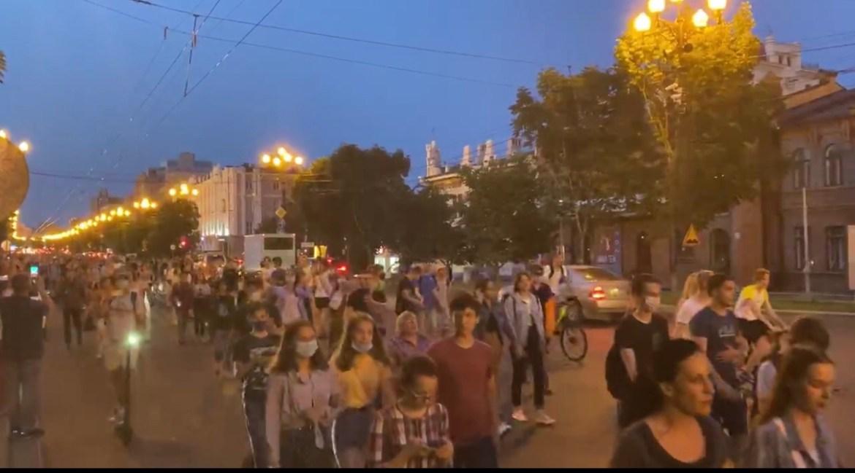 В Хабаровске третий день идет уличная акция в поддержку Сергея Фургала