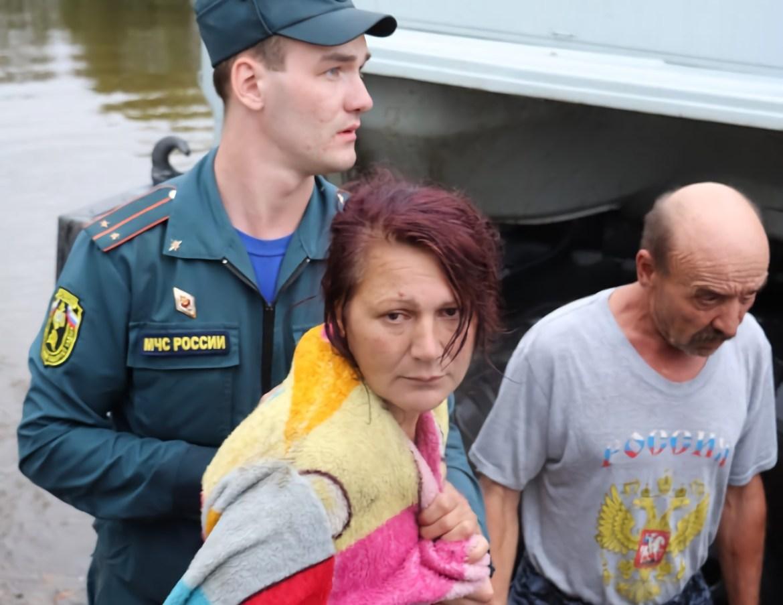 Амур падает, но ситуация в Ленинском районе ЕАО остается критической – МЧС