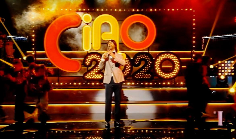 Команда «Вечернего Урганта» сделала лучшее новогоднее шоу в стиле итальянского телевидения «Ciao, 2020!»