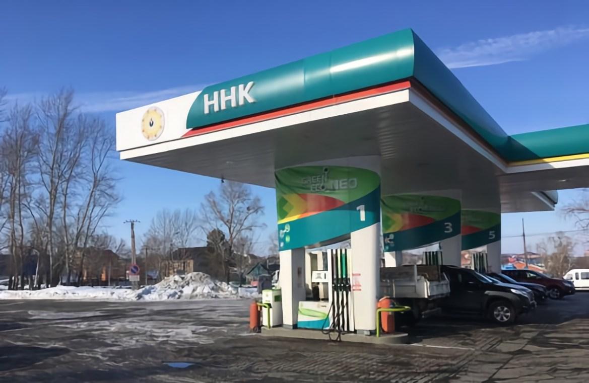 ХНПЗ не удалось обеспечить производство бензина в нужных объемах после модернизации. На АЗС «ННК» проблемы продолжатся