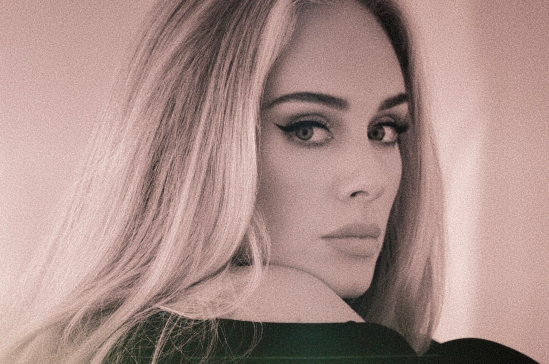 Adele (Адель) спела первый за шесть лет сингл «Easy On Me» и он разумеется о несчастной любви и разлуке