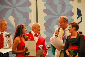 The winners in the category seniors Finnish national champions Anne Vahvelainen and Kari Mielonen are being interviewed.
