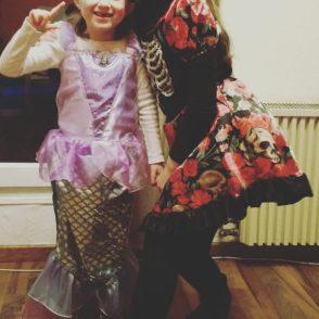 Arielle und Monster High