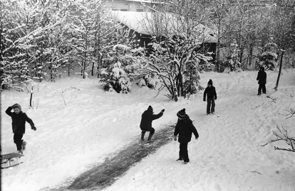 1977_zima_zarzad_kanalu_nigdy_wiecej (14)
