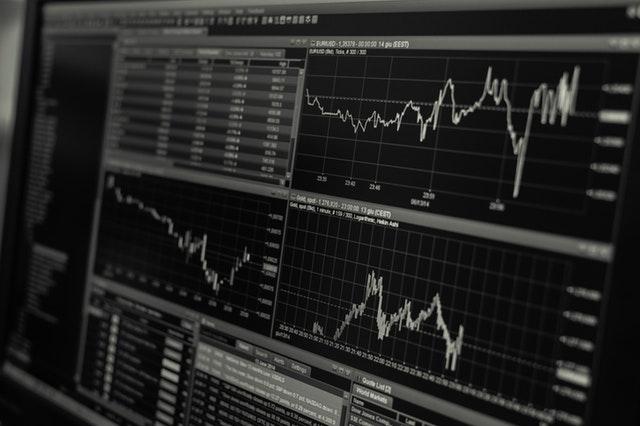 kursy walut wykres komputerowy