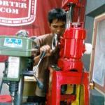 Belajar Mengoperasikan Mesin Korter T807A di Bengkel NBS Jogja
