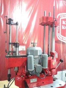 Mesin Korter dan Poles TM807A