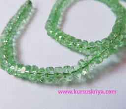 Manik gelas bulat pipih persegi,light green clear