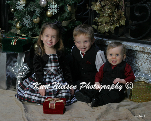 Toledo Kid Photographer Christmas