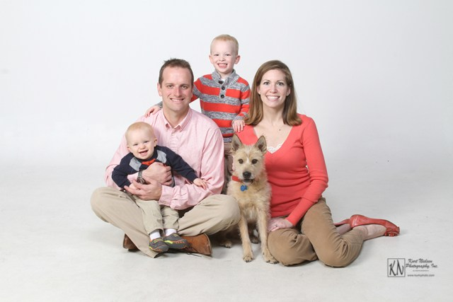 pet friendly portrait studio for Christmas pictures