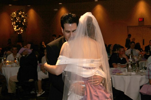 Candid Photographer for Weddings in Perrysburg