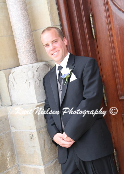 picture of the groom