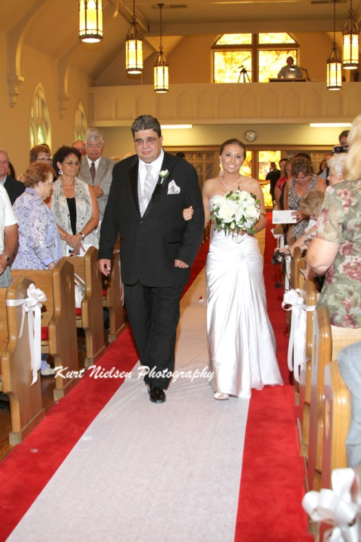 father escorting the bride