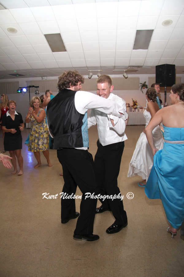 professional wedding photographer toledo