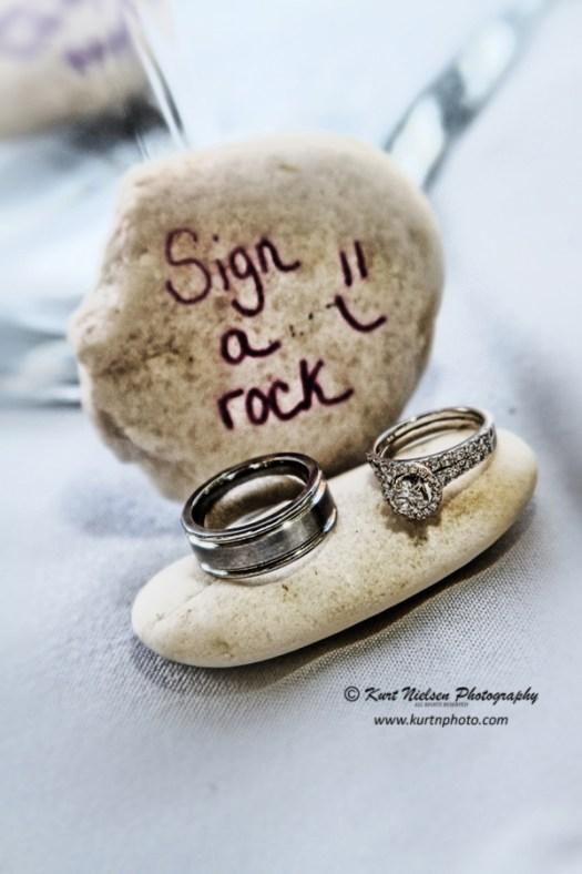 sign a rock