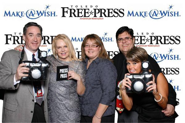 toledo free press photo booth