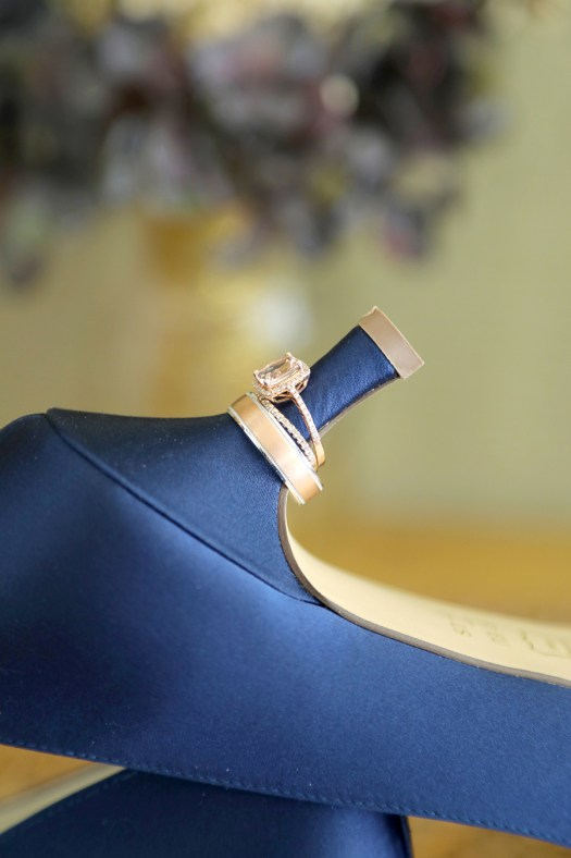 morganite and rose gold wedding bands