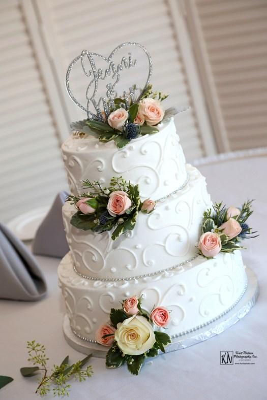 Eston's Bakery Wedding Cake