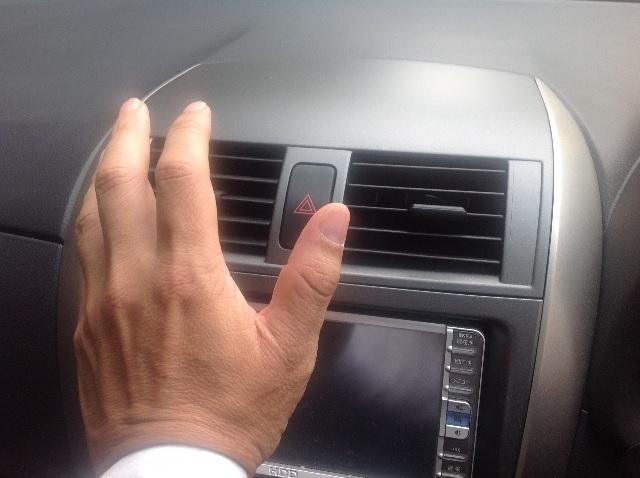 冷え エアコン 車 ない が の