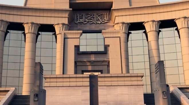 إستجواب مسؤول سابق بمركز حكومي متهم بعجز في حصة وقود